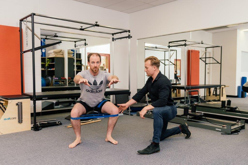 stabilising muscle function (